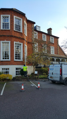 Gutter cleaning in Crystal Palace SE19